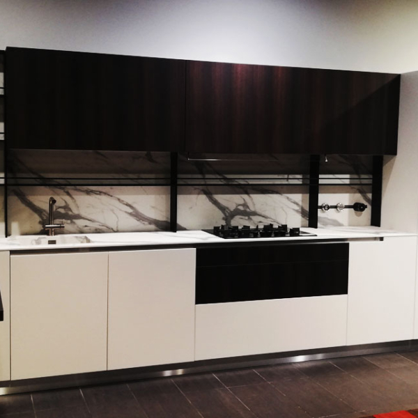 Show room 3 outlet
